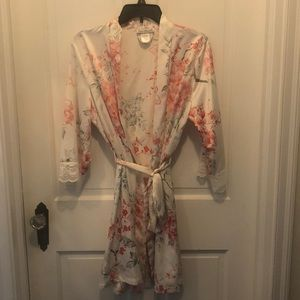 Small/Medium Bridal Robe